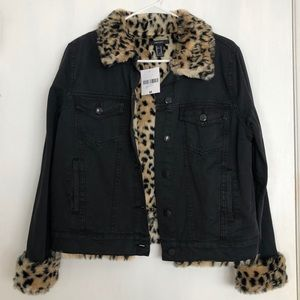 NWT Black Jean Jacket with Cheetah Fur